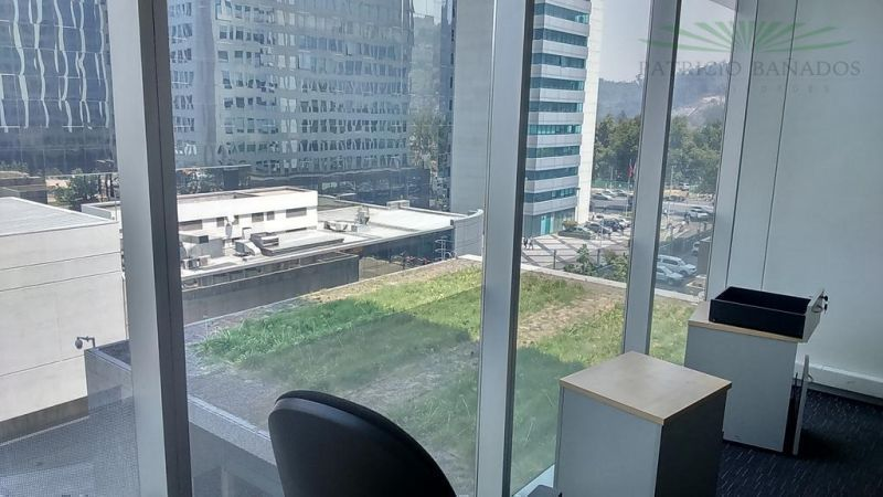 Oficina - Av. Vitacura / Metro Tobalaba