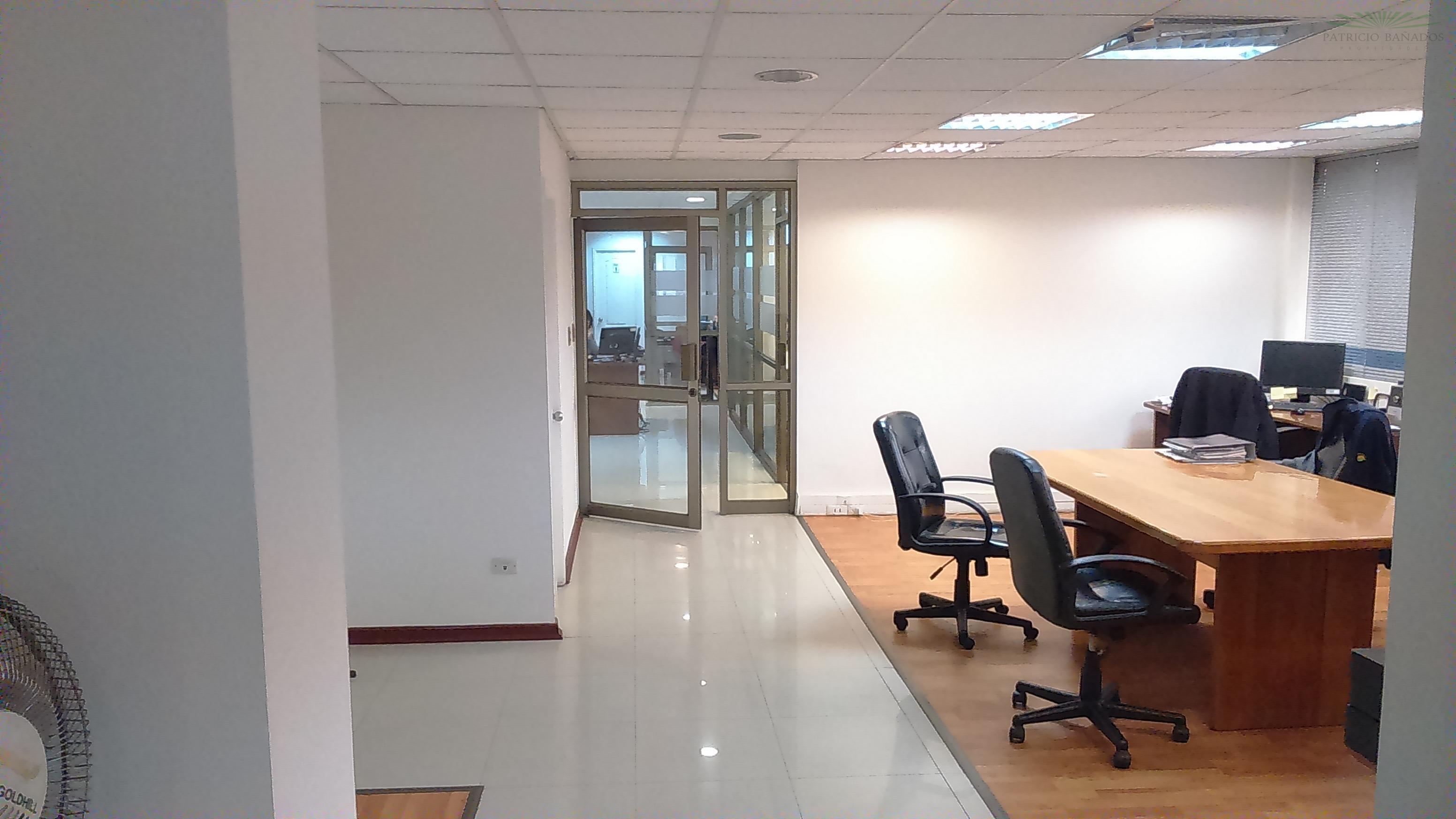 Oficina - Metro Pedro de Valdivia