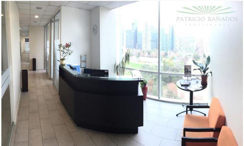Oficina - Cerro El Plomo / Metro Manquehue
